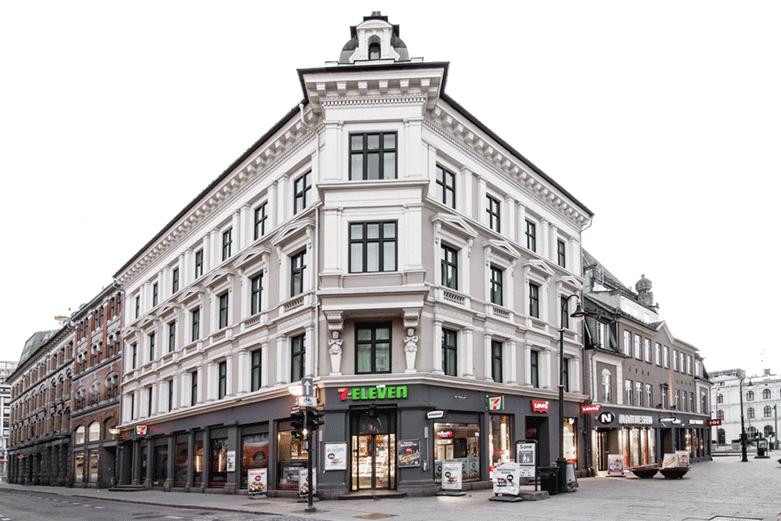 Karl Johans gate 3, tidl. Skippergata 36/38